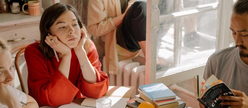 在读专科生能报考自考本科吗?